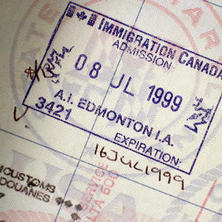 كل ما تحتاج معرفته عن تأشيرة الدراسة إلى كندا