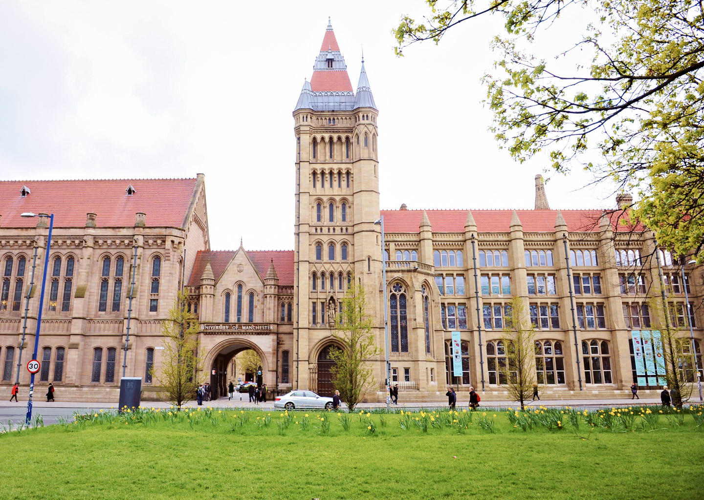 Information on courses; rankings & fees for INTO Manchester (The University  of Manchester) UK